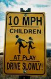 Signe de limite de 10 M/H Photo libre de droits