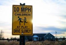 Signe de limite de 10 M/H Image libre de droits