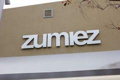 Signe de magasin de détail de Zumiez images stock
