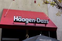 Signe de magasin de Haagen-Dazs images libres de droits