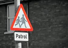 Signe de patrouille d'école Photographie stock libre de droits