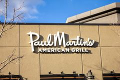 Signe de restaurant de Paul Martin American Grill image libre de droits