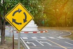 Signe de rond point du trafic Photos libres de droits