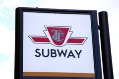 Signe de souterrain de Toronto images libres de droits