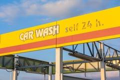 Signe de station de lavage, plan rapproché Photographie stock libre de droits
