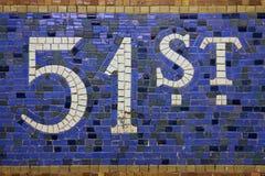 cinquante-et-unième Signe New York de station de rue Image libre de droits