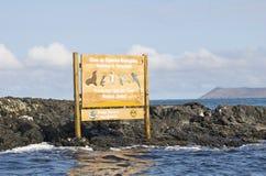 Signe de stationnement d'île d'Isabella d'îles de Galapagos Photographie stock