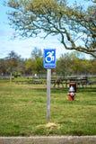 Signe de stationnement handicapé Image stock