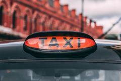 Signe de taxi des Rois Cross Station Londres Photos stock
