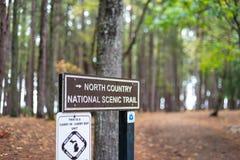 Signe de Trailhead le long de la traînée du nord du comté ou NCT dans Peni supérieur image libre de droits