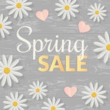 Signe de vente avec les fleurs plates au-dessus de la table en bois Concept de printemps Illustration de vecteur Images stock