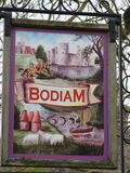 Signe de village de Bodiam, le Sussex est images stock