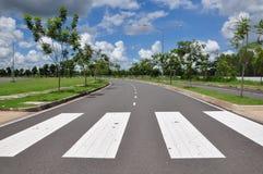 Signe de voie de promenade de circulation de zèbre Photo stock