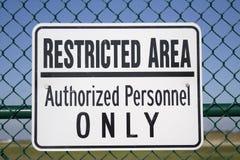 Signe de zone restreinte Images libres de droits