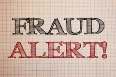 Signe des textes montrant à fraude l'appel de motivation vigilant Activité frauduleuse de photos de message conceptuel de sécurit photographie stock