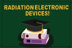 Signe des textes montrant des appareils électroniques de rayonnement Radiofréquence conceptuelle de photo émise par couleur d'app illustration de vecteur