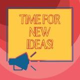Signe des textes montrant l'heure pour de nouvelles idées La photo conceptuelle repensent des plans créatifs frais de choses que  illustration stock