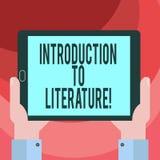 Signe des textes montrant l'introduction à la littérature Main préparatoire d'analyse de HU de cours de composition en photo conc illustration libre de droits