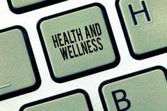 Signe des textes montrant la santé et le bien-être État conceptuel de photo de bien-être physique, mental et social complet images libres de droits