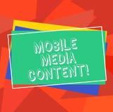 Signe des textes montrant le contenu mobile de médias Support électronique de photo conceptuelle qui est regardé sur la pile de t illustration stock