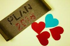Signe des textes montrant le plan 2018 Buts provocants d'idées de photo conceptuelle pour que la motivation de nouvelle année com Image libre de droits