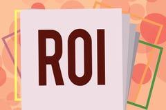 Signe des textes montrant le ROI Mesure de représentation conceptuelle de photo employée pour évaluer l'efficacité d'un investiss illustration libre de droits