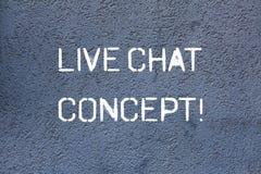 Signe des textes montrant Live Chat Concept Service de Web conceptuel de photo qui laisse montrer des amis pour communiquer le mu image libre de droits