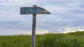 Signe directionnel Cape Cod le Massachusetts Nouvelle Angleterre de plage images libres de droits
