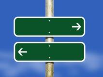 Signe directionnel vide avec des têtes de flèche Photos stock