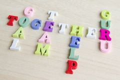 Signe drôle de jeu de mots croisé de lettres Photo stock