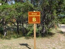 Signe du camping de groupe B Photos libres de droits
