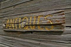 Signe en bois antique Photos libres de droits