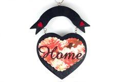 Signe en bois avec le coeur et la maison Image libre de droits