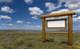 Signe en bois blanc Images libres de droits