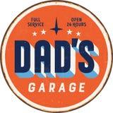 Signe en métal de vintage - garage de Dad's Photos libres de droits