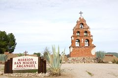 Signe et mémorial de San Miguel Arcangel de mission photos libres de droits