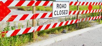 Signe fermé de route Images stock