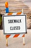 Signe fermé de trottoir Photo stock