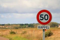 Signe français de limitation de vitesse Photo libre de droits