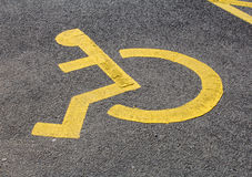 Signe handicapé de stationnement Photos libres de droits