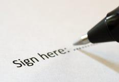 Signe ici Photographie stock libre de droits