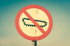 Signe interdit de réservoir images stock