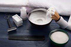 Signe moderne pour le raseur-coiffeur masculin images libres de droits