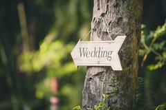Signe mou de mariage de vintage de foyer Conseil en bois fait main avec Image stock