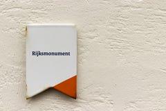 Signe néerlandais pour le rijksmonument monumental de bâtiments photographie stock libre de droits