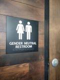 Signe neutre de toilettes de genre photo stock