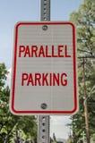 Signe parallèle de stationnement image libre de droits