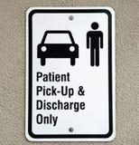 Signe patient de camionnette de livraison photographie stock