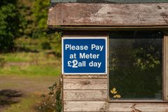 Signe : Payez svp au mètre photo libre de droits