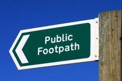 Signe public de sentier piéton image libre de droits